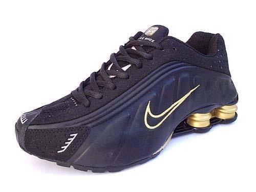 size 40 9e028 15c14 Store Mix   Nike shox R4 Preto e Dourado